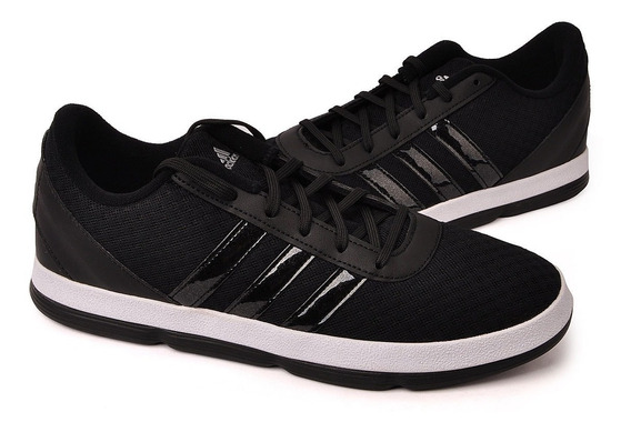 Tênis adidas Basquete