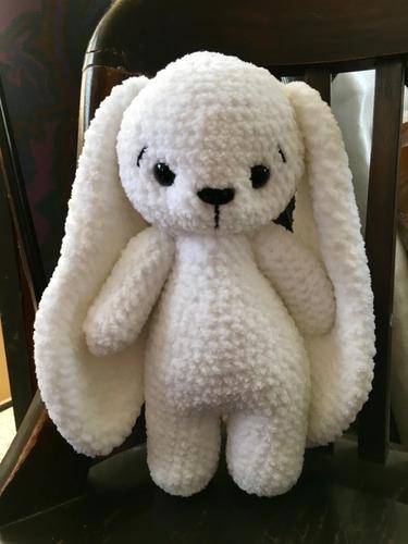 Amigurumi Conejo Blanco Orejas Largas Tejido A Mano