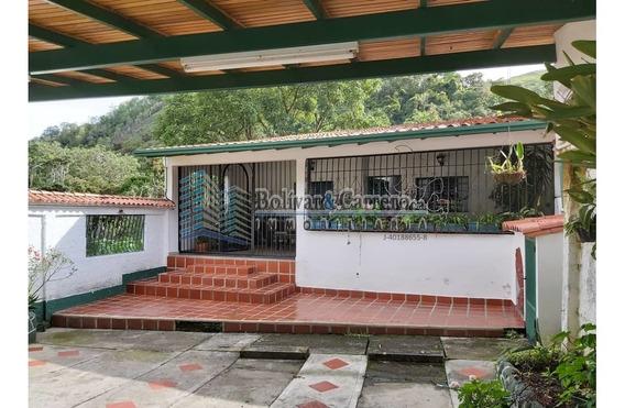 En Venta Bonita Casa En Sector Manzano Alto, Ejido