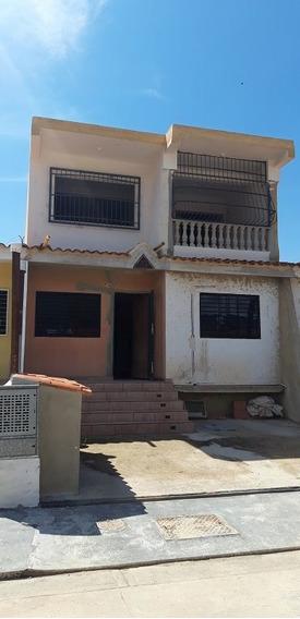 Yosmar Muñoz Vende Casa En Lomas De La Hacienda Sdc-453