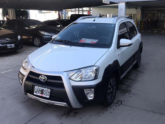 Toyota Etios Cross 1.5 M/t 5p