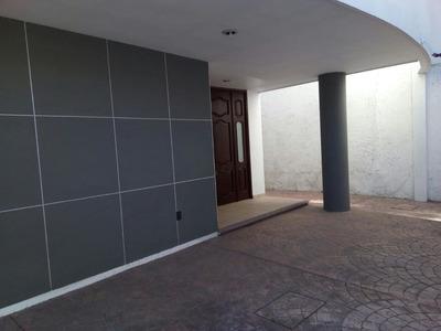 Rento Casa Amueblada 3r, 3b Estacionamiento Fracc. Del Prado