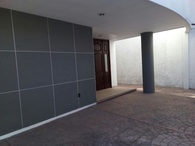 Rento Casa Fracc. Del Prado, 4r, 4b, 3 Estacionami
