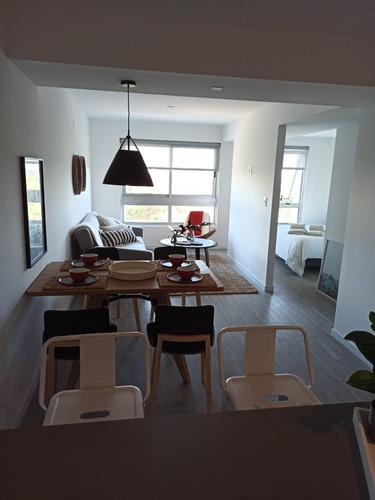Apartamento A Estrenar Amueblado Punta Del Este, Anual