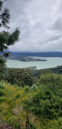 El Santuario, Valle De Bravo Con Maravillosa Vista Al Lago