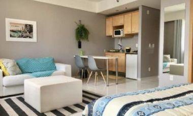Lindo Apartamento/ Flat Alphaville 34 Mts Equipado/ Mobiliado 34 Mts 1 Dorm 1 Vaga Ótima Localização - Rr2336