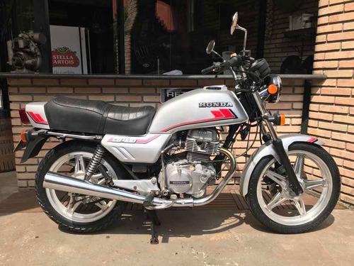 Honda Cb 400  1982 Garagem Retrô