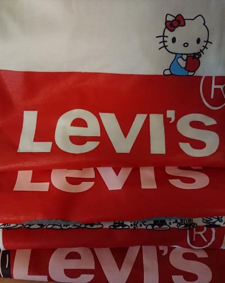 Remera Levi