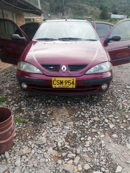 Renault 4 Puertas