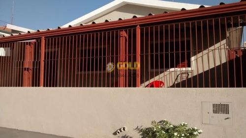 Imagem 1 de 11 de Casa Com 3 Dormitórios, 2 Banheiros, Sala, Cozinha A Venda