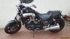 Yamaha V-max 1200
