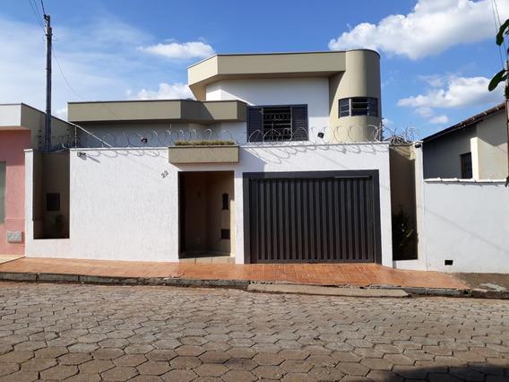 Vendo Casa, Exelente Localizacao...