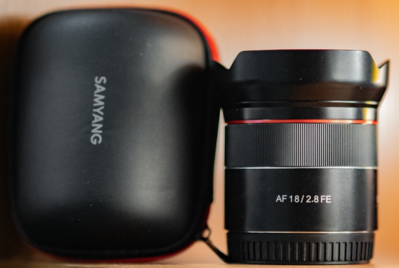Lente Samyang Rokinon Autofocus Af Fe 18mm F/2.8 Para Sony