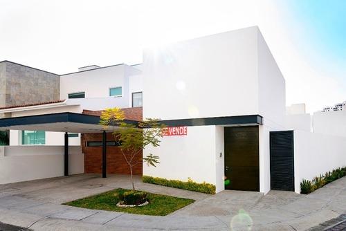 Casa En Venta - Cumbres Del Lago - C1490