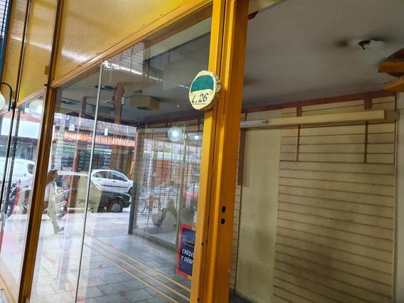 Local En Alquiler A Metros De Av. 9 De Julio