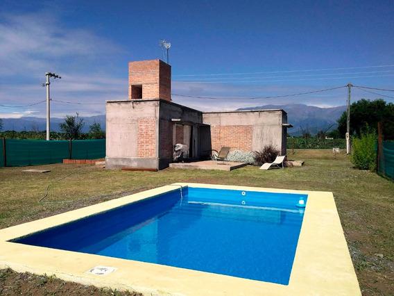 Preciosa Casa De Campo De 890 Mts Con Piscina En Salta