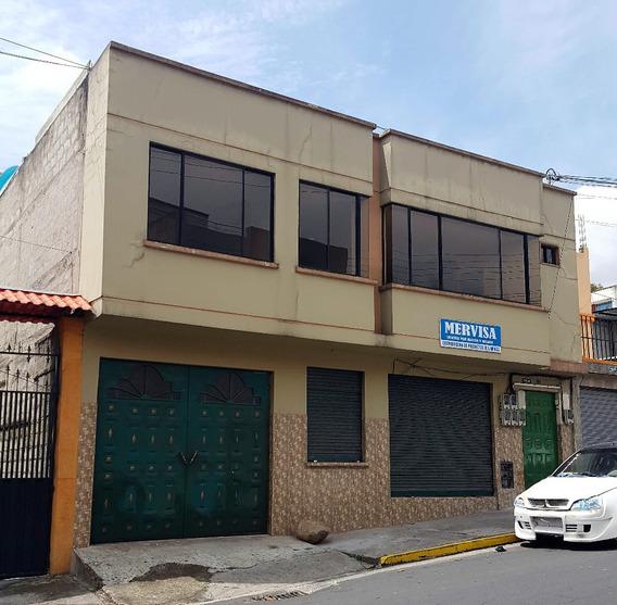 Casa Rentera Mas Local En Cotocollao