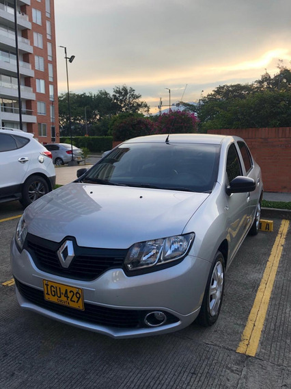 Hermoso Renault Logan Carroceria Nueva - Impecable