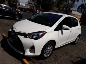 Toyota Yaris 2015 1.5 Hb Premium L4 Man Automatico $ 173,000