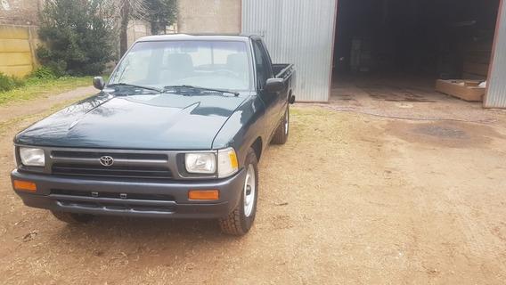 Toyota Hilux 2.8 S/cab 4x2 D 1998