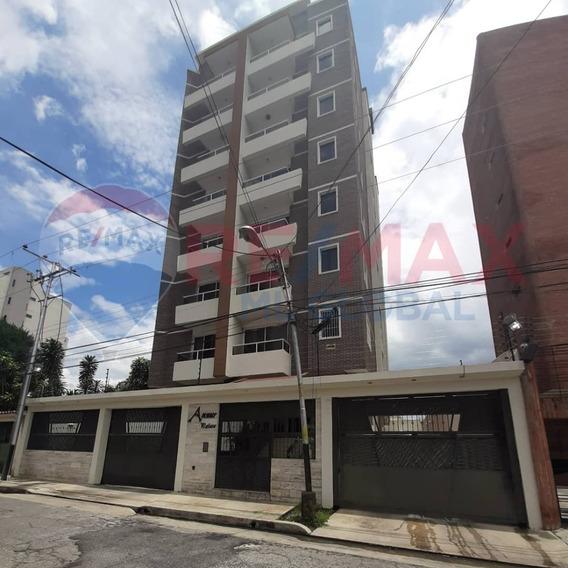 Apartamento A Estrenar En El Bosque Las Delicias Cod. 421858