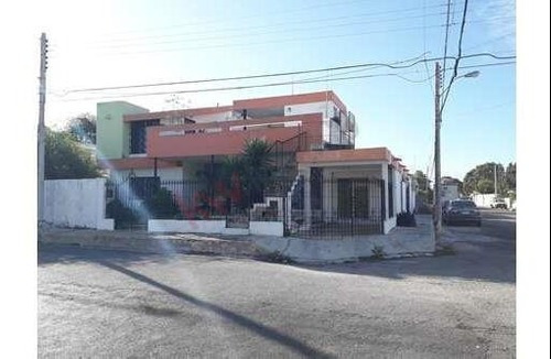 Casa-negocio En García Ginerés, Cerca Del Parque De Las Américas, Mérida, Yucatán