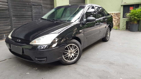 Ford Focus Sedan 2.0 Automático Completo 2005