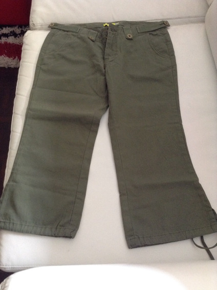 Pantalón Capri Verde Militar