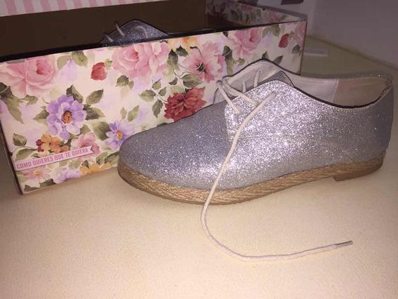 Zapatos Nuevos Plateados De Como Quieres Que Te Quiera