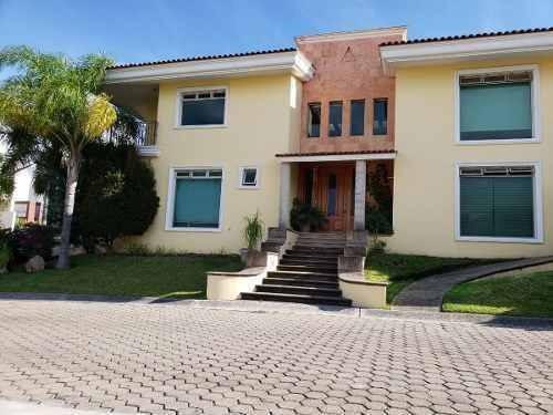 Casa De Lujo En Residencial Virreyes Coto 9