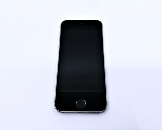iPhone SE 16gb Original Desbloqueado Bom Estado