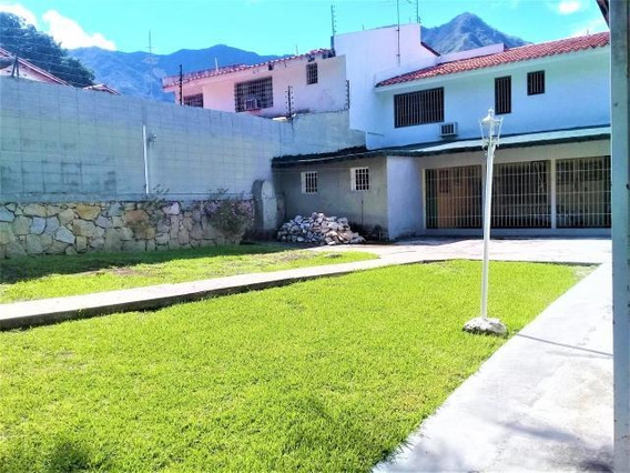 Casa En Venta En Urb El Castaño Zona Norte Mls 20-13984 Mv