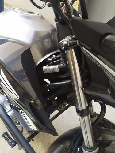 Imagem 1 de 10 de Honda Twister 250
