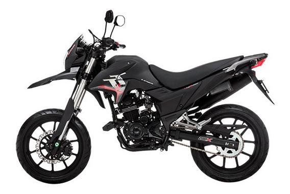 Moto Kawasaki Ninja 250, Barata, $5