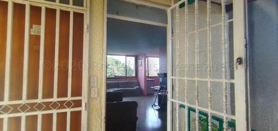 Apartamento En Venta La Mora Cabudare 20 24067 J&m