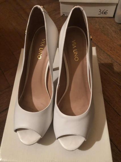 Zapatos Stilettos Semi Abiertos Cuero Blanco Via Uno 38