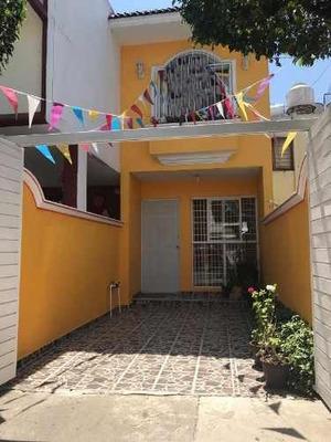 Se Vende Casa En Col. Jardines Del Sur