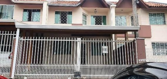 Sobrado Com 3 Dormitórios Em Alto Boqueirão Curitiba- Pr