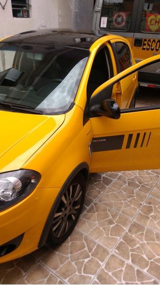 Fiat Palio 1.6 16v Sporting Interlagos Flex Dualogic 5p 2014