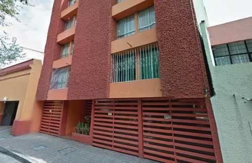 Departamento De Remate Hipotecario En Col. Escandon