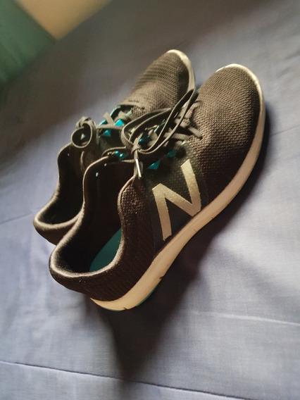 Zapatillas New Balance Nuevas Color Negras