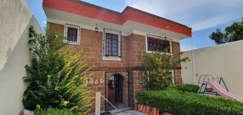 Casa Habitación Estilo Clasico Rustico