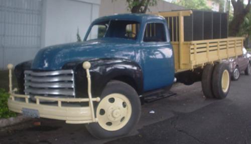 Caminhão Chevrolet Americano 6 Ton 1951