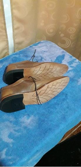 Ropa Eeuu, Zapatos Ecuador
