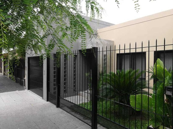 Excelente Casa Estilo Minimalista C/ Piscina.