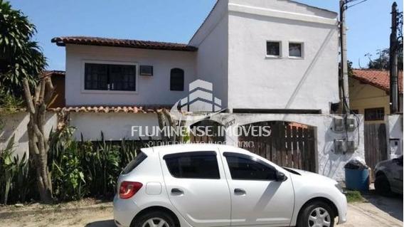 Casa Residencial 4 Dormitórios - Maravista, Niterói / Rio De Janeiro - Cav21775