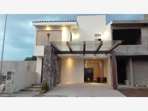 Casa Sola En Venta Terranova Residencial Con Alberca