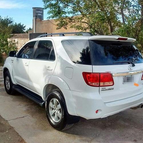 Toyota Sw4 3.0 I Srv At C/cuero 4x4 (2009) 2009