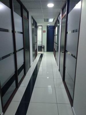 Oficina Completamente Equipada En Renta Para 1-2 Personas En Polanco.