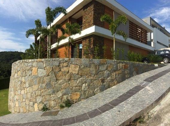 Casa De Alto Padrao Em Condominio Fechado Na Lagoa - V-70107